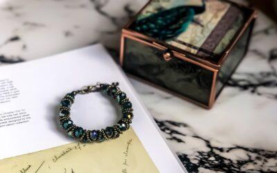 Skab en personlig og unik stil med dine egne smykker
